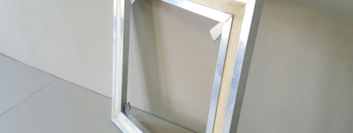 Use of Aluminium as a material for manufacturing stretcher frames