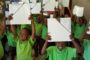 Children at Nokuphila with Winsens art canvases